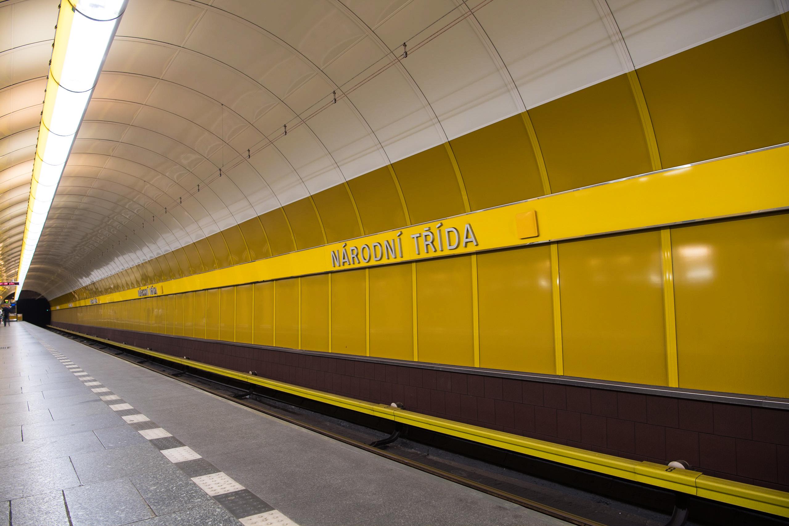 Bahnhöfe-8