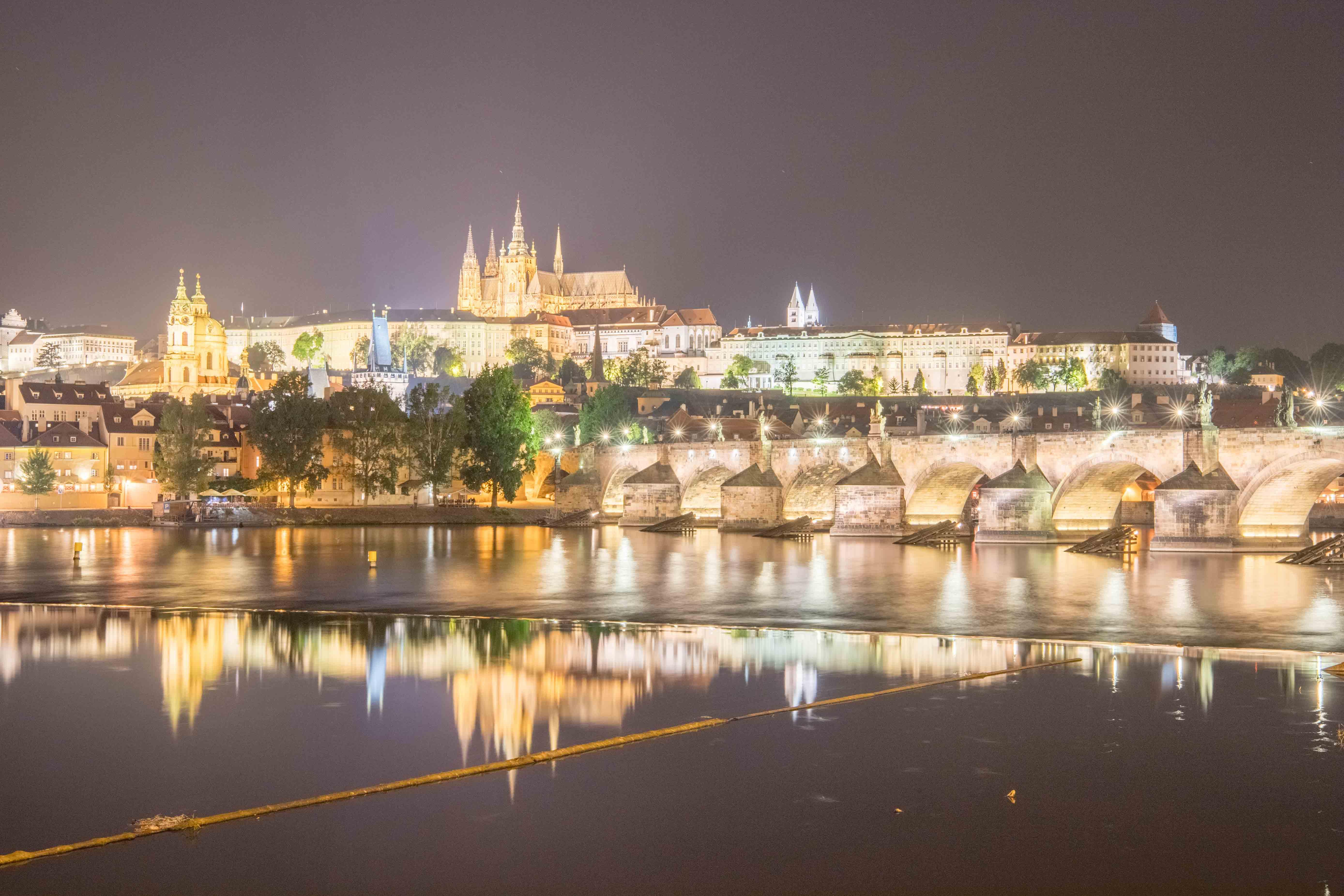 Prag-10